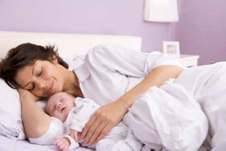 Беременность, роды, первый год: обзор мобильных приложений