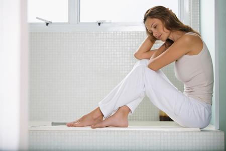 Недержание мочи у женщин: упражнения Кегеля или операция?