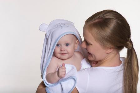 Купание новорожденного: какой шампунь выбрать?