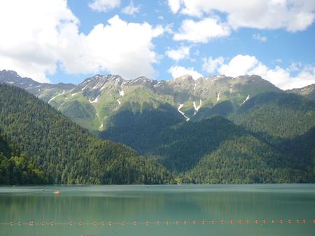 Абхазия: отдых с детьми в июне. Променяла Швейцарию на Сухуми и не пожалела!