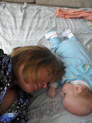 Имя для мальчика: споры от УЗИ до родов, как назвать ребенка