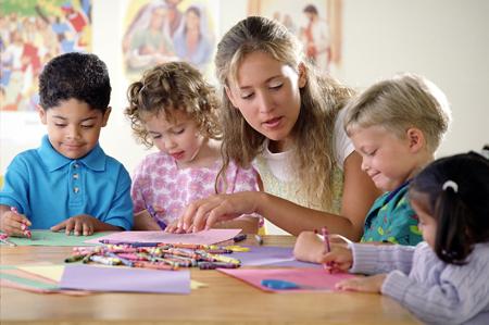 В 1 класс - через год. Детский сад и подготовка к школе: зачем?