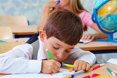 В 1 класс – через год.  Заниматься с ребенком дома: как? 3 способа