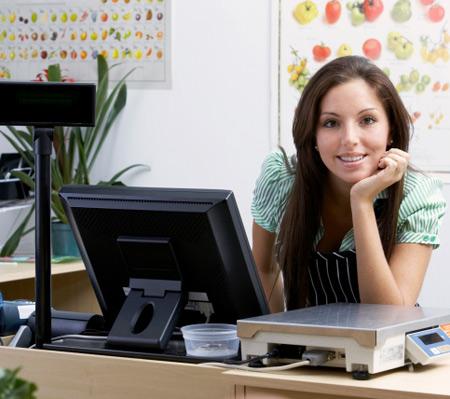 Компании стараются не брать на работу молодых матерей