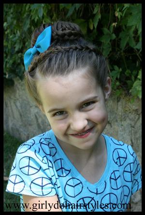 Прически для девочек – к школе и детскому саду. Мастер-класс с видео
