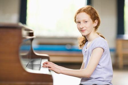 Занятия музыкой в музыкальной школе
