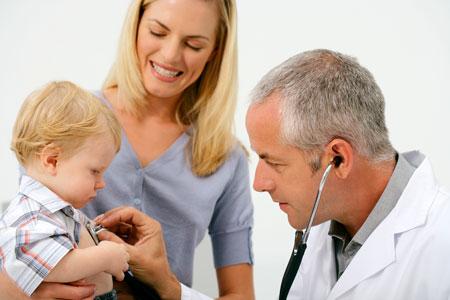 Кашель, температура, отек – ложный круп у ребенка при гриппе и ОРВИ