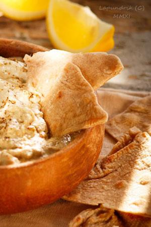 Баклажаны - 2 рецепта: бабагануш и дип. На что намазать? Лепешки