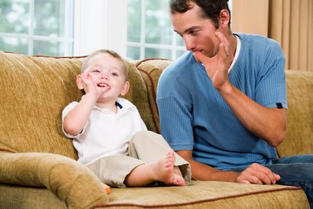 Папа дома! 5 подвижных игр с родителями в выходной