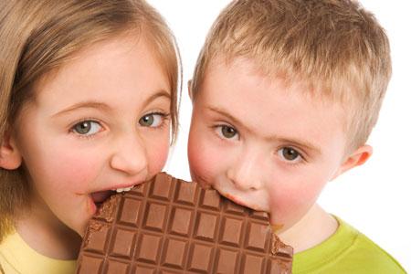 Кариес у ребенка, вред сладкого для зубов