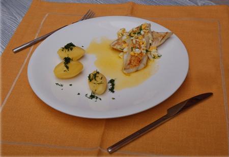 Рыба в орехово-лимонном соусе