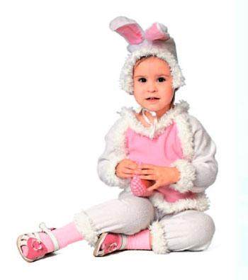 Карнавальный костюм для девочки и мальчика к Новому году: зайчик