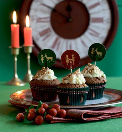 2 рецепта тортов на Новый год и Рождество: все дело в форме!