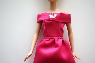 Платье для куклы своими руками: вечерний наряд Барби