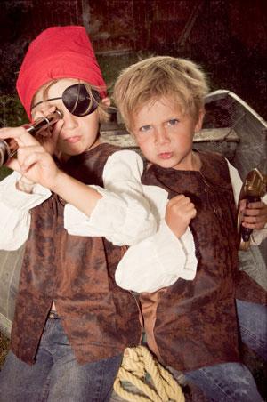 Сценарий Нового года: пиратский праздник для школы, дома, клуба