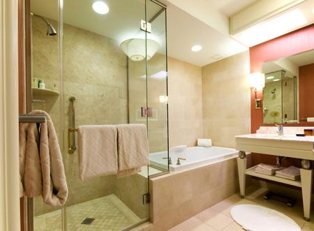 Порядок в ванной: как избавиться от лишних вещей?
