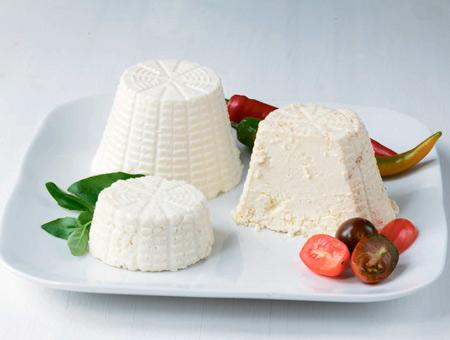 Домашний сыр: как приготовить? 2 рецепта и 2 полезных завтрака