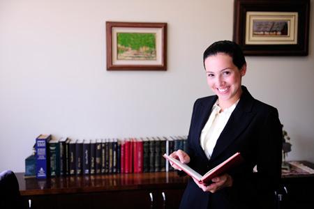 Полис ОМС: зачем нужен и как получить? Советы юриста