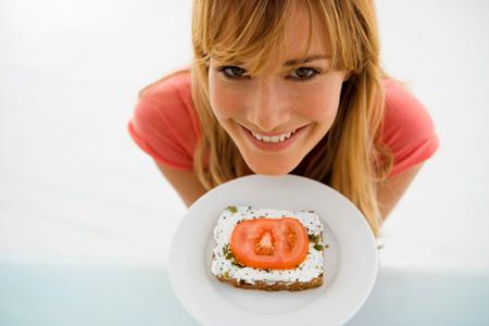 Диета против рака, диабета, болезней сердца: поменьше мяса.