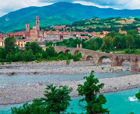 Отдых в Италии: не только море. На родину феррари и пармезана