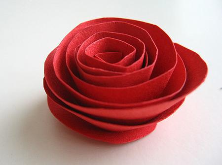Цветочная подвеска своими руками из бумаги и бусин