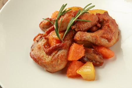 Тушеный цыпленок в маринаде