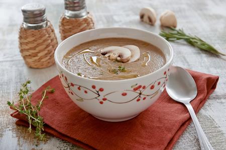 Грибной суп-пюре в мультиварке