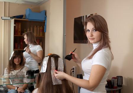 Ваш цвет волос: как выбрать? Окрашивание волос в салоне или дома