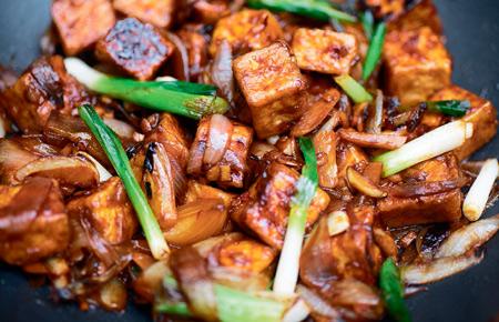 Жаркое из тофу с рисом