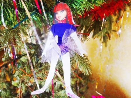 Наш праздник: елка от джигита, угощение за 5 минут и снегопад в квартире