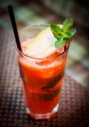 Постный весенний обед: 4 ярких рецепта с манго, цуккини и спаржей