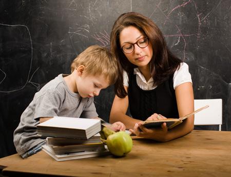 Адаптация к школе: как научиться играть с детьми. 2 истории