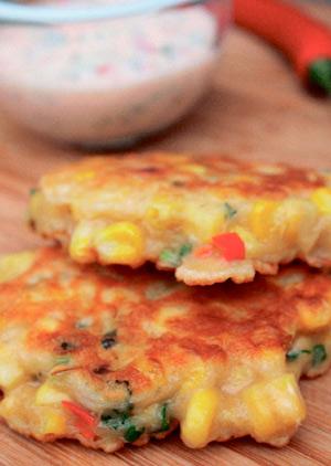 3 рецепта к завтраку: оладьи, маффины и гранола в батончиках