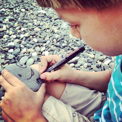В Абхазию - как на дачу: опыт поездки к морю с двумя детьми