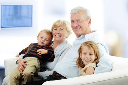 Чем занять ребенка у бабушки: 3 идеи. Поможет фотоальбом