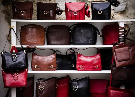 16 признаков настоящей дамской сумочки