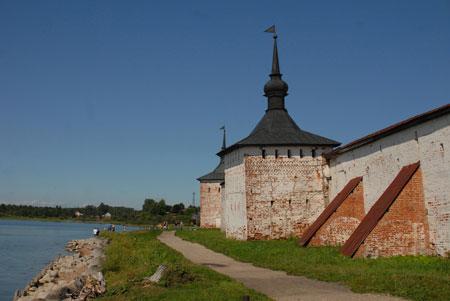 Русский север: монастыри и фрески. Путешествуем с детьми