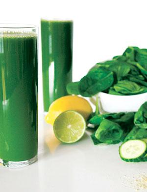 Смузи и сок из зеленых фруктов и овощей: 3 простых рецепта