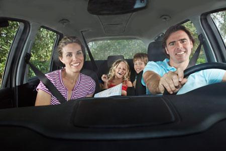 Отдых с детьми: 4 игры для поездки на машине и ожидания в аэропорту