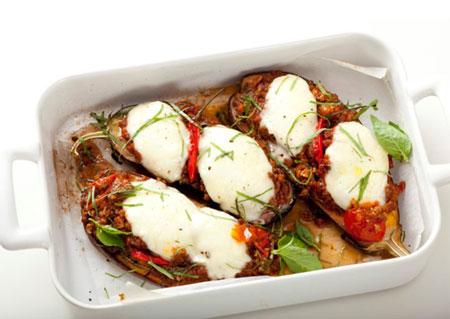 Обед по-итальянски: 3 рецепта с моцареллой и десерт с маскарпоне