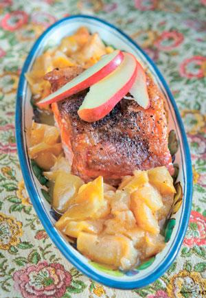 Яблочный спас: 2 рецепта с яблоками. Свинина в духовке и пончики