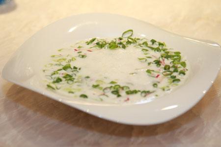 Рецепты с кефиром: холодные супы и фруктовые коктейли