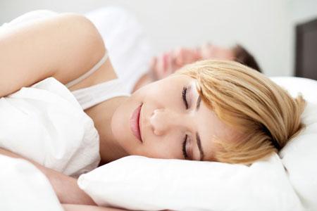 Мужчина и женщина в одной постели: ради сна или секса?