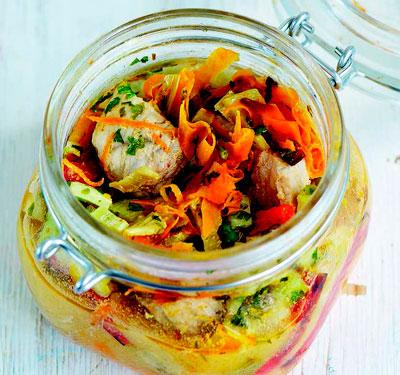 Домашняя еда с собой: как приготовить мясо и рыбу в банке. 2 рецепта