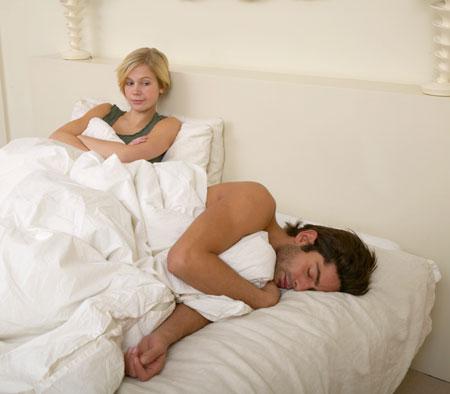 Бессонница: как работают снотворные... и их реклама