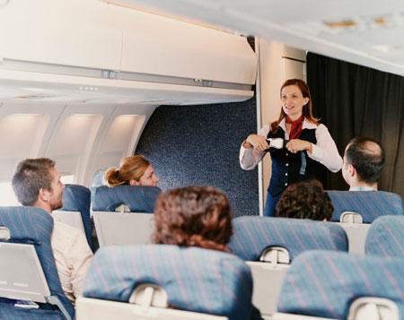 Высший пилотаж: как сохранить красоту в самолете, советы стюардесс