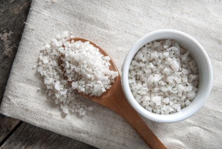Полезнее, солонее, вкуснее… 4 мифа о морской соли