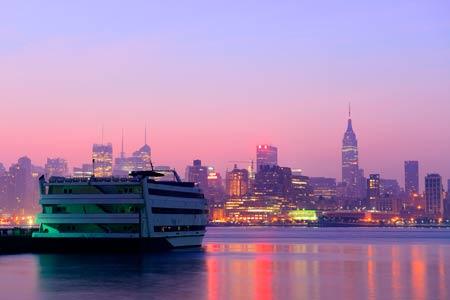Вечерний круиз по Нью-Йорку