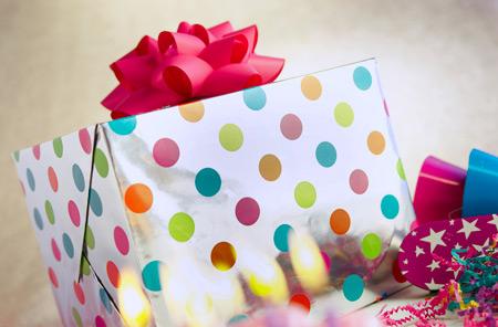 Разумный шопинг: как купить всем подарки и не разориться