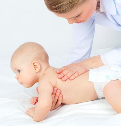 Педиатр, невролог, ортопед… Когда показывать ребенку врачу?